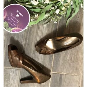 Moda spana Bronze Metallic Heels